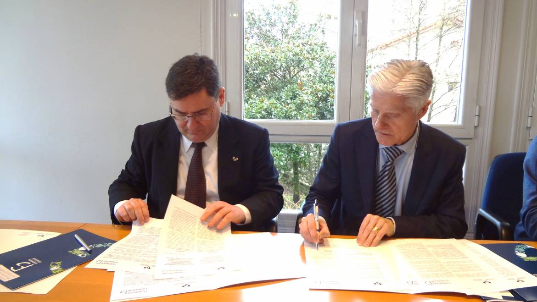 Firma  de  un  acuerdo  marco  en  materia  formativa  importante  para  el  sector  del  transporte